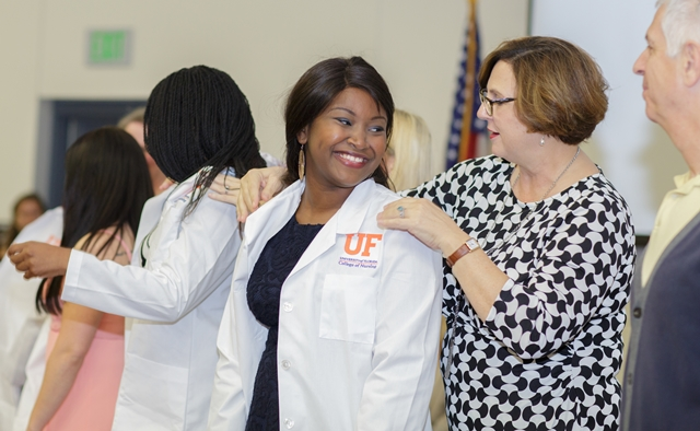 New BSN Students Receive their White Coats.